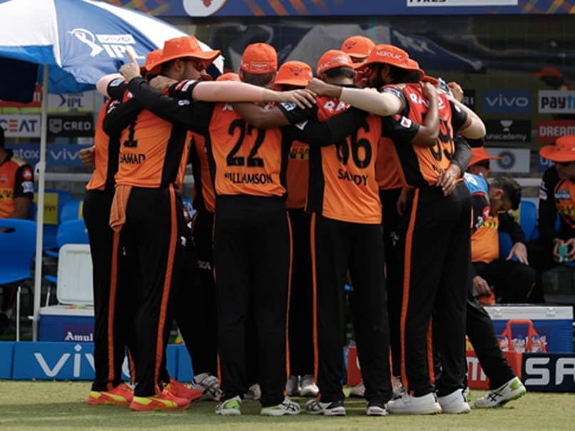 आईपीएल 2021: वन सनराइजर्स हैदराबाद और दिल्ली कैपिटल प्लेयर टेस्ट पॉजिटिव फॉर सीओवीआईडी -19, सॉर्स